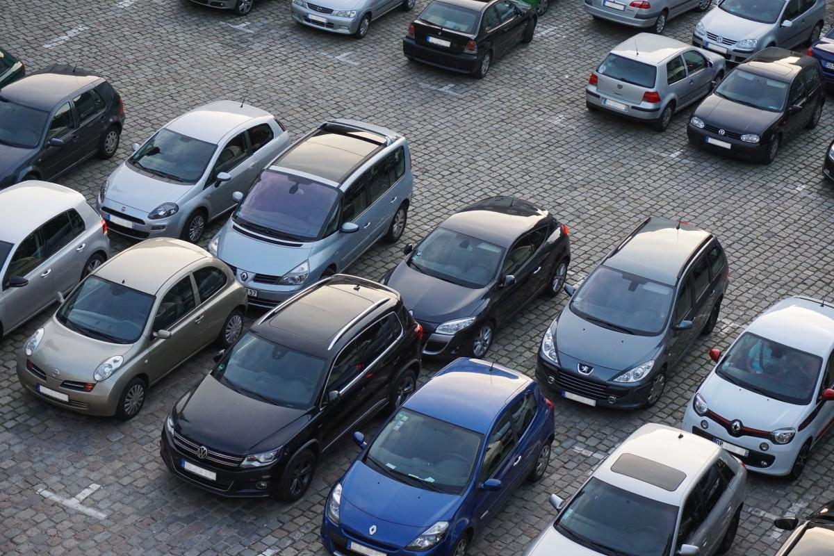 komis-samochodowy-autohandel-bistrokas.jpg